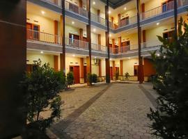 CahAyu Sumbersari Syariah by Innapps, hotel near Lembah Dieng Water Park, Malang