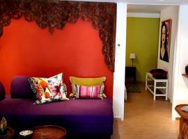 La Grenotte au Castellet, hotel near Circuit Paul Ricard, Le Castellet