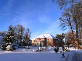 Svatojansky Kastiel, hotel v blízkosti zaujímavosti Jasná (Liptovský Ján)