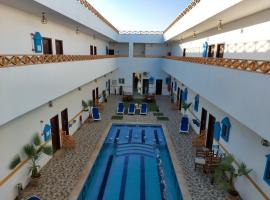Golden Plaza Dahab Resort, מלון בדהב