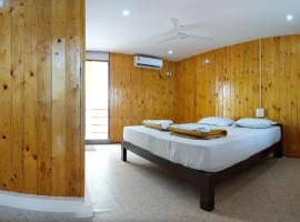 Orange Sky Ourem, hotel in Canacona