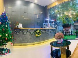 Mars & Venus Hotel, hotel near Tan Son Nhat International Airport - SGN, Ho Chi Minh City