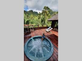 Luxurious Tropical Moorea Villa, villa in Papetoai