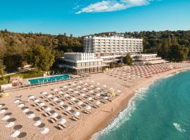 Хотел Палас, Слънчев Ден, хотел в Св. Св. Константин и Елена