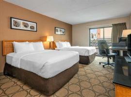 Comfort Inn Saskatoon, hotel near J G Diefenbaker Airport - YXE,