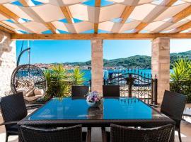 Luxury Apartment Marina View No 1, apartment in Vela Luka