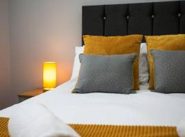 The Alnham, large apartment near city centre with parking, hotel near Newcastle International Airport - NCL,
