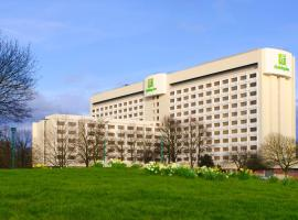 Holiday Inn London - Heathrow M4,Jct.4, an IHG Hotel, hotel near Heathrow Terminal 2, Hillingdon