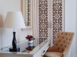 Hotel 19, отель в Батуми