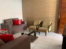 Casa de temporada; amplo espaço, self catering accommodation in Piranhas
