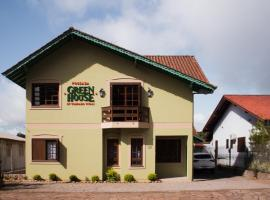 Pousada Green House by Conrado Vitali, hotel near Stone Church, Canela