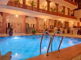 Suryaa Villa Jaipur- A City Centre Heritage Haveli, hotel near City Palace, Jaipur