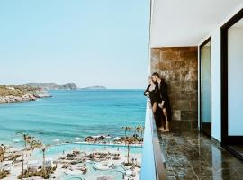 Bless Hotel Ibiza - The Leading Hotels of The World, hotel en Es Canar