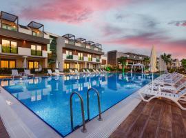 Veranda Suites, hotel perto de Aeroporto de Antalya - AYT, Antalya