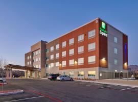 Holiday Inn Express - El Paso - Sunland Park Area, an IHG Hotel, hótel í El Paso