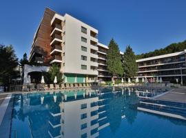 Flamingo Hotel 4*, отель в Албене