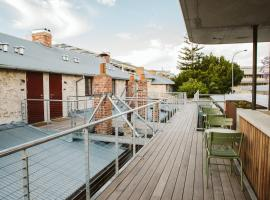 Warders Hotel Fremantle Markets, hotel near Perth Children's Hospital, Fremantle