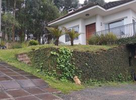 Colina Nosso Lar, villa em Gramado