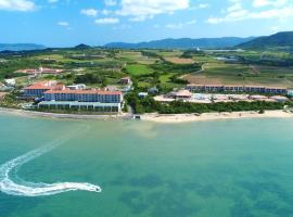GRANDVRIORESORT ISHIGAKIJIMA Ocean's Wing & Villa Garden、石垣島のホテル