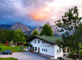 Gasthof PANORAMA, hotel in Ehrwald