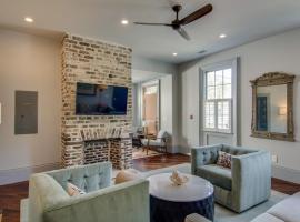15 Cannon, apartment in Charleston