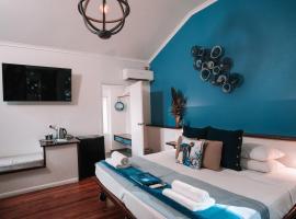 Ferntree Rainforest Lodge, hotel in Cape Tribulation