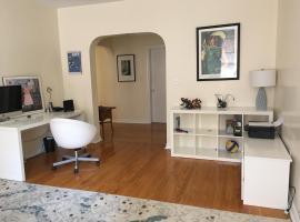 Huge Quiet 3 bdrm w Garden views, apartment in Brooklyn