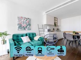 Perfect location 2 Bdrs apartment@Glen Waverley, hotel in Glen Waverley