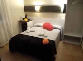 Hostal Termes, hotel in Sitges