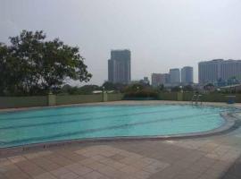 Apartment Menara Edelweiss, pet-friendly hotel in Jakarta