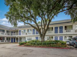 Motel 6-Conroe, TX, hotel in Conroe