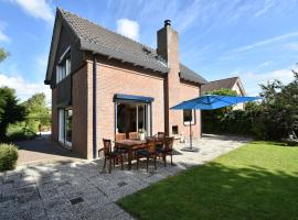 Modern Holiday Home in Bruinisse Netherlands near the Lake, hotel in Bruinisse