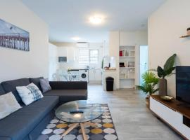 Manly Beach Escape Apartment, hotel in Sydney