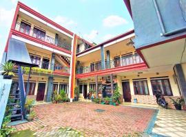 Penginapan Family Raya Lembang, hotel in Lembang