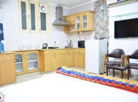 Raas Fully Furnished 1BHK Independent Apartment 1 in Greater Kailash 1, apartment in New Delhi