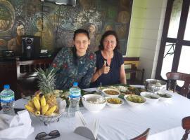 Kerala Tours, boat in Alleppey