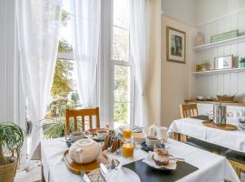 The Morley Guest House, hotel near Torre Abbey, Torquay