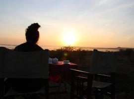 Osero Serengeti Luxury Tented Camp, luxury tent in Banagi