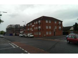 OYO Arinza Apartments, hotel near Williamson's Tunnels, Liverpool