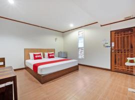 OYO 757 Black Bamboo Resort, hotel in Si Racha