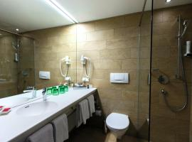 Momentum Hotel, hotel in Anif