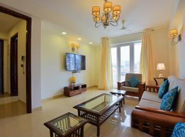 SUPER LUXURY 3BHK, GREEN PARK MARKET 50M, NEAR AIIMS, apartment in New Delhi