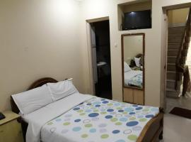 Hotel Sea Queen Inn, hotel near Konark Sun Temple, Puri