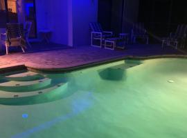 Disney Pool & Game Villa, villa in Orlando