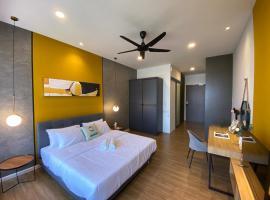 Ceylonz Suite Luxury stay with wifi Netflix, budget hotel in Kuala Lumpur