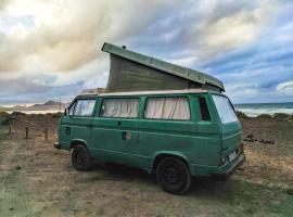 Famara Camper Vans - Gregor D. Van, campground in Famara