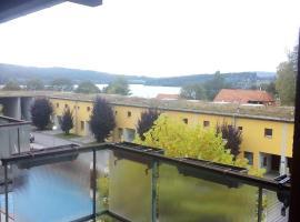 Apartmán v arealu Doky Lipno, hotel in Lipno nad Vltavou