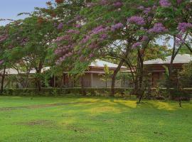 Sinclairs Retreat Dooars, Chalsa, hotel near Gorumara National Park, Chālsa