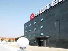 Q Hotel, hotel in Paju
