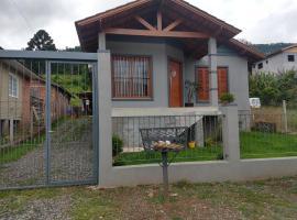 Morada da Serra, holiday home in Gramado